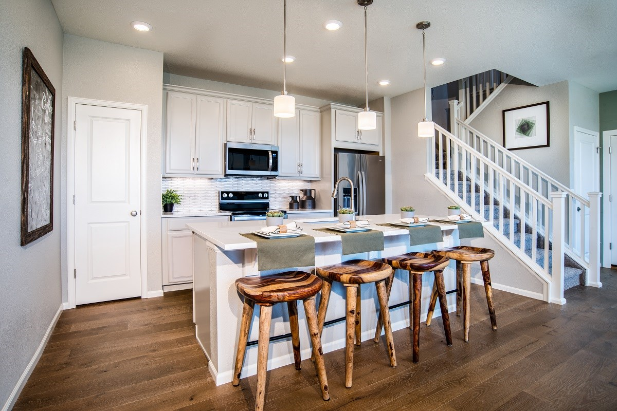 New Homes in Denver, CO - Stapleton Paired Homes - Villa Collection Spruce - Kitchen