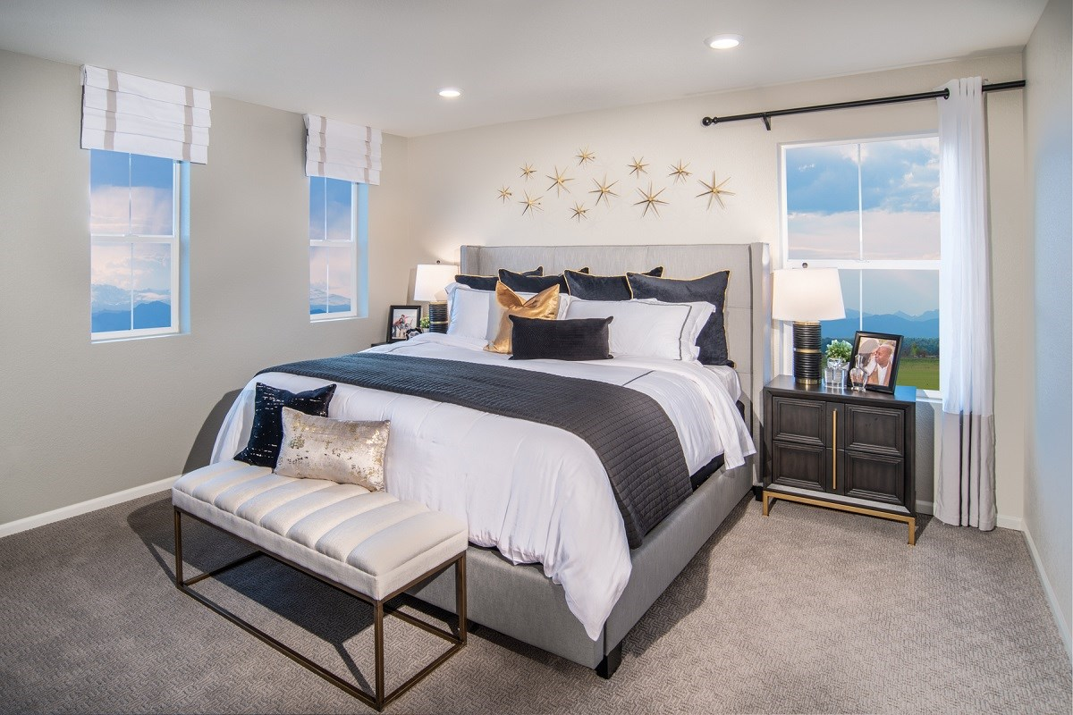 New Homes in Denver, CO - Stapleton Paired Homes - Villa Collection Spruce - Master Bedroom