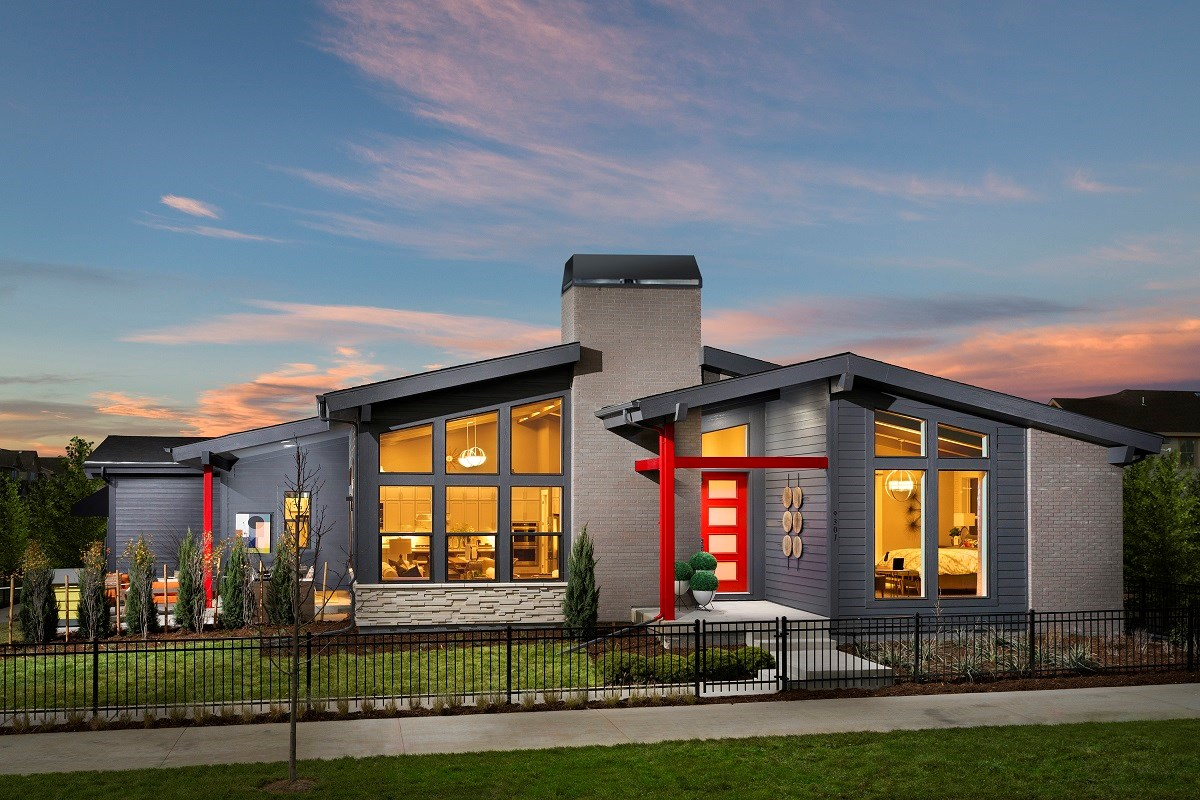 New Homes in Denver, CO - Stapleton Starlight Collection Eclipse Ranch Model Home