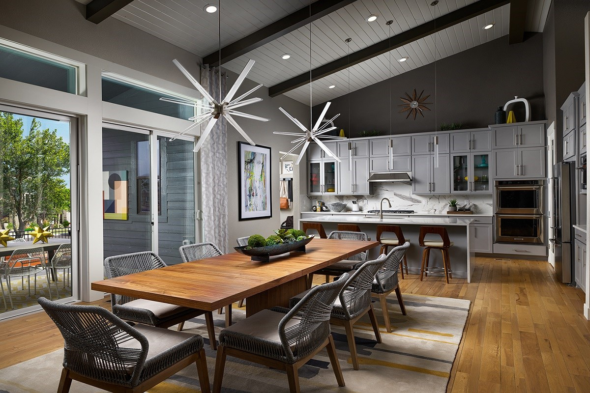 New Homes in Denver, CO - Stapleton Starlight Collection Eclipse Ranch Model Dining Room and Gourmet Kitchen