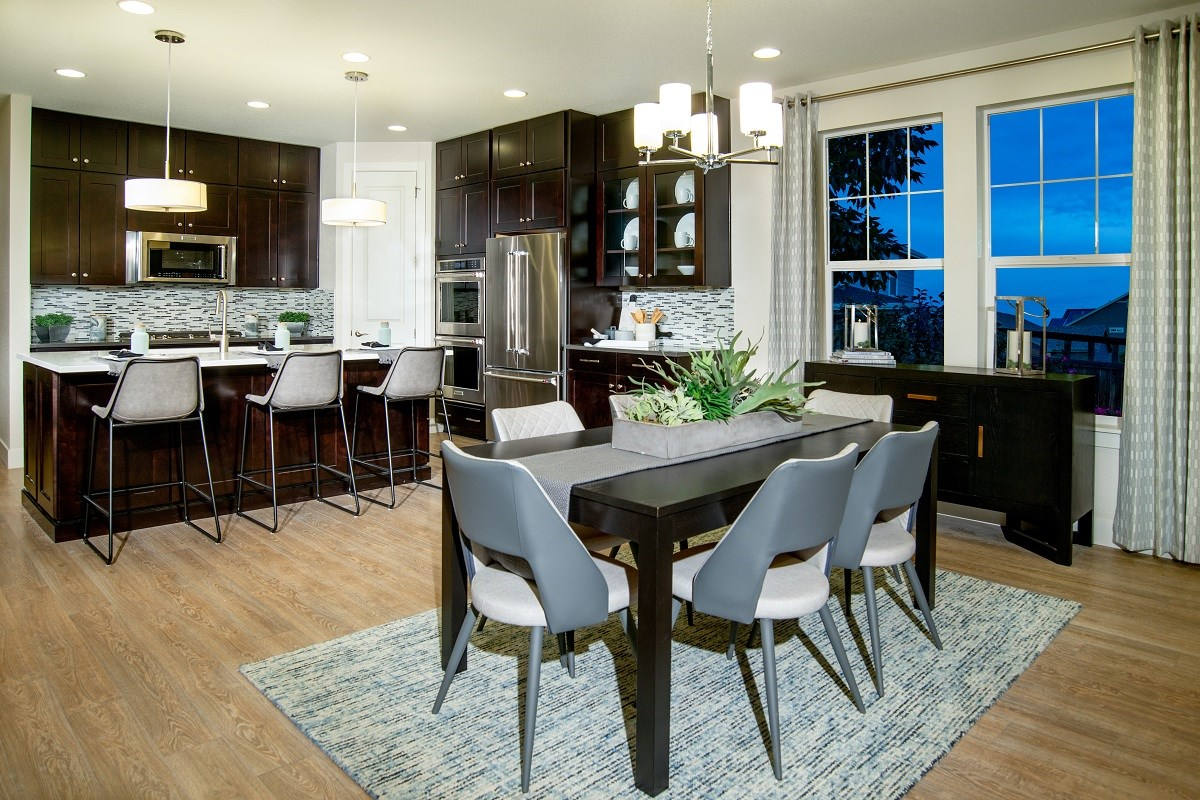 New Homes in Dacono, CO - Sweetgrass - Legacy Collection Hawthorn Dining Room & Kitchen