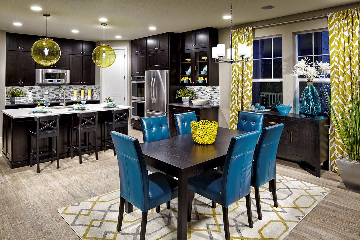New Homes in Dacono, CO - Sweetgrass - Heritage Collection Hawthorn 1942 Gourmet Kitchen