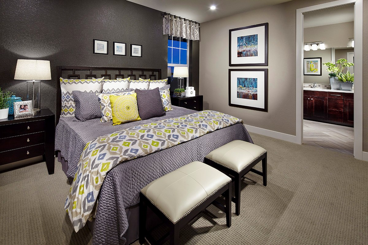 New Homes in Dacono, CO - Sweetgrass - Legacy Collection Hawthorn 1942 Master Bedroom