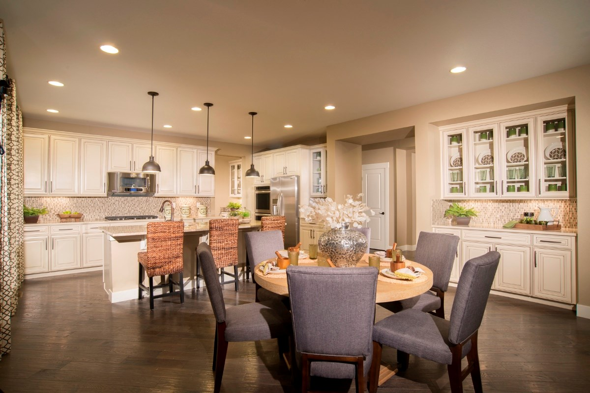 New Homes in Aurora, CO - The Estates at Ponderosa Ridge Pinotage 3489 Kitchen