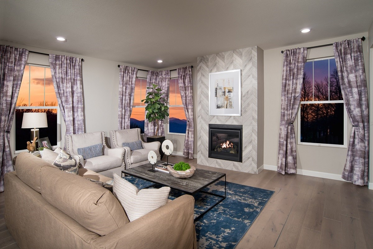 New Homes in Castle Rock, CO - Panorama at The Meadows Hawthorne Living Room