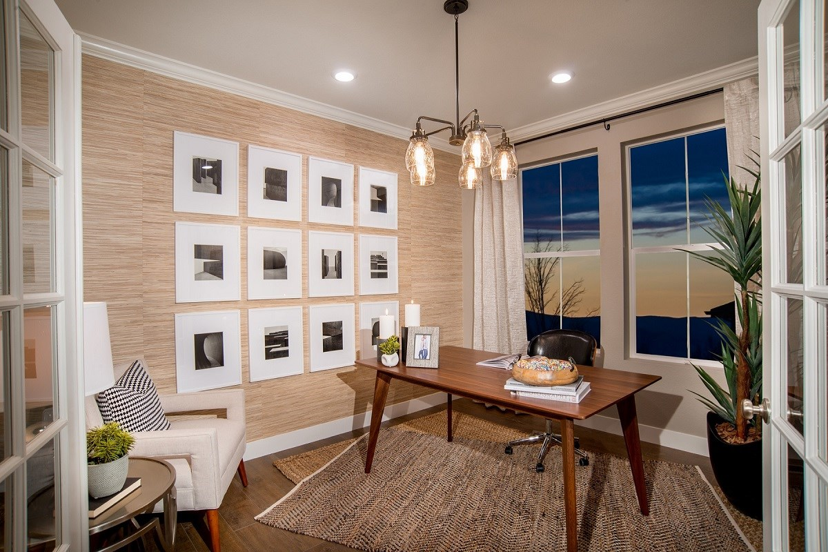 New Homes in Castle Rock, CO - Panorama at The Meadows Loveland Den