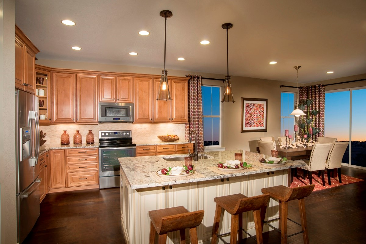 New Homes in Aurora, CO - The Reserve at Ponderosa Ridge Elm 1848 Kitchen