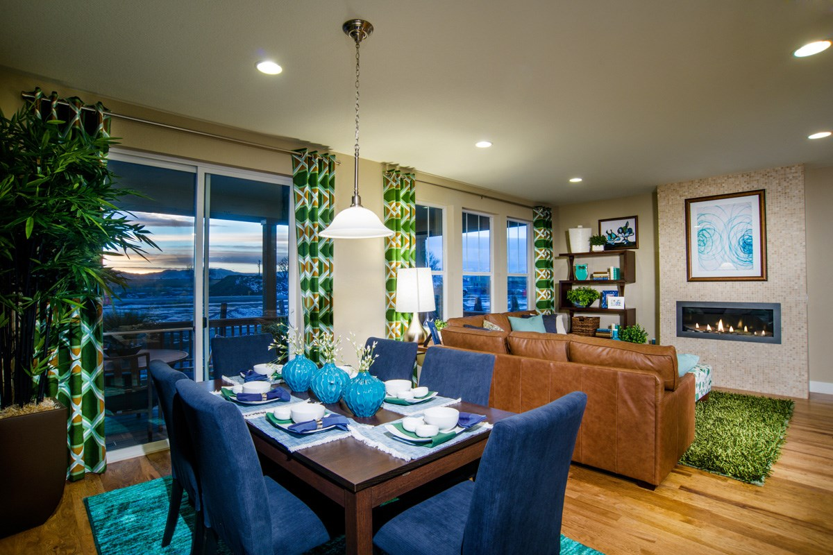 New Homes in Thornton, CO - The Reserve at Trailside Chaucer Great Room