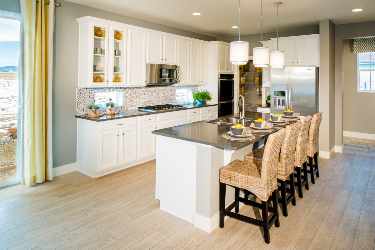 New Homes in Thornton, CO - The Reserve at Trailside Lafayette Gourmet Kitchen