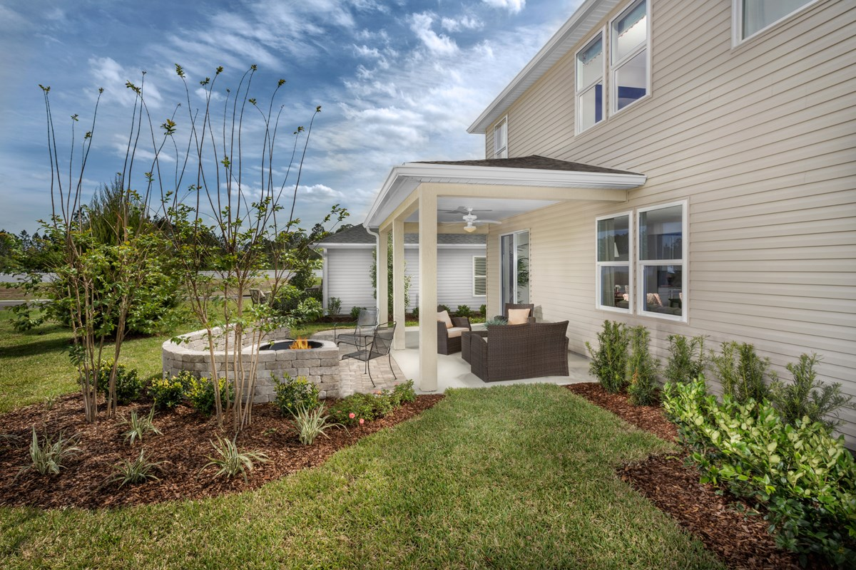 New Homes in Orange Park , FL - Forest Hammock at Oakleaf Plantation The Hawthorne Backyard