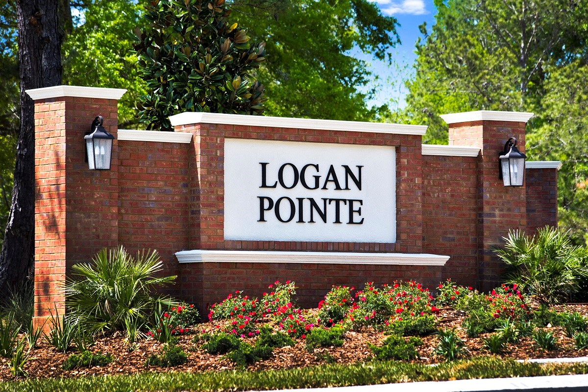 New Homes in Jacksonville, FL - Logan Pointe Entry Monument