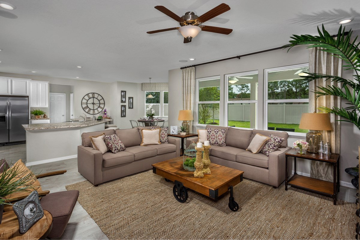 New Homes in Jacksonville, FL - Vista Pointe The Carrington Family Room