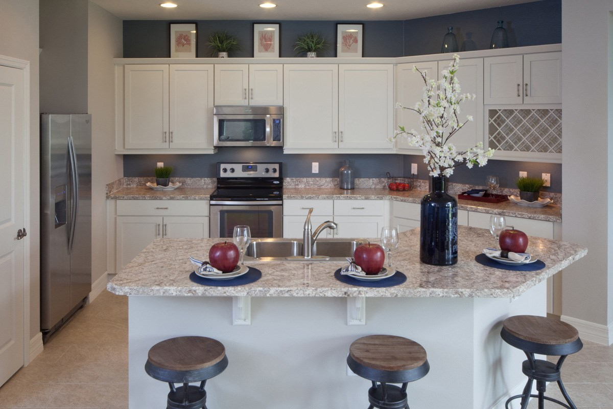New Homes in Winter Haven, FL - Lake Lucerne 2003 Kitchen as modeled at Sundance Fields