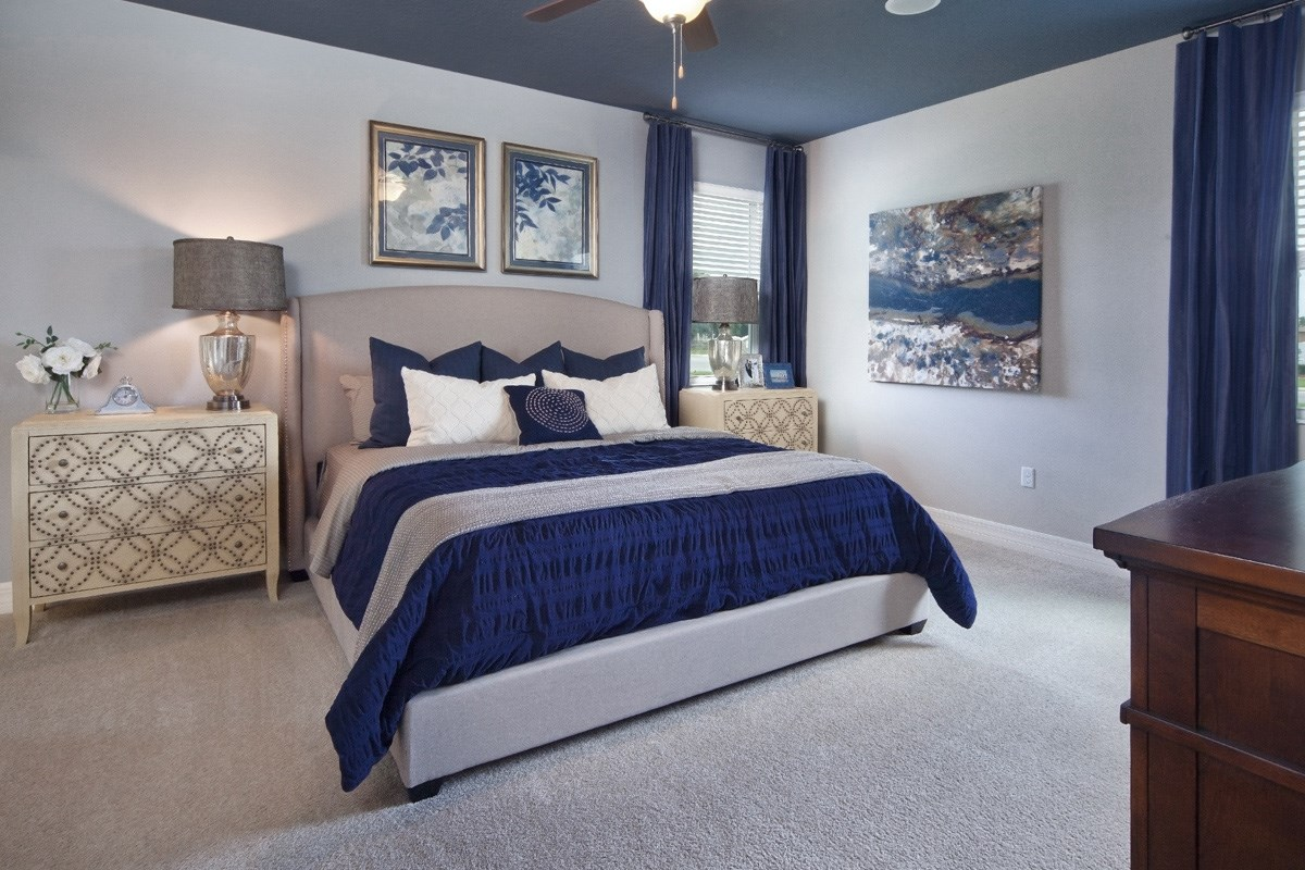New Homes in Winter Haven, FL - Lake Lucerne 2003 Master Bedroom as modeled at Sundance Fields