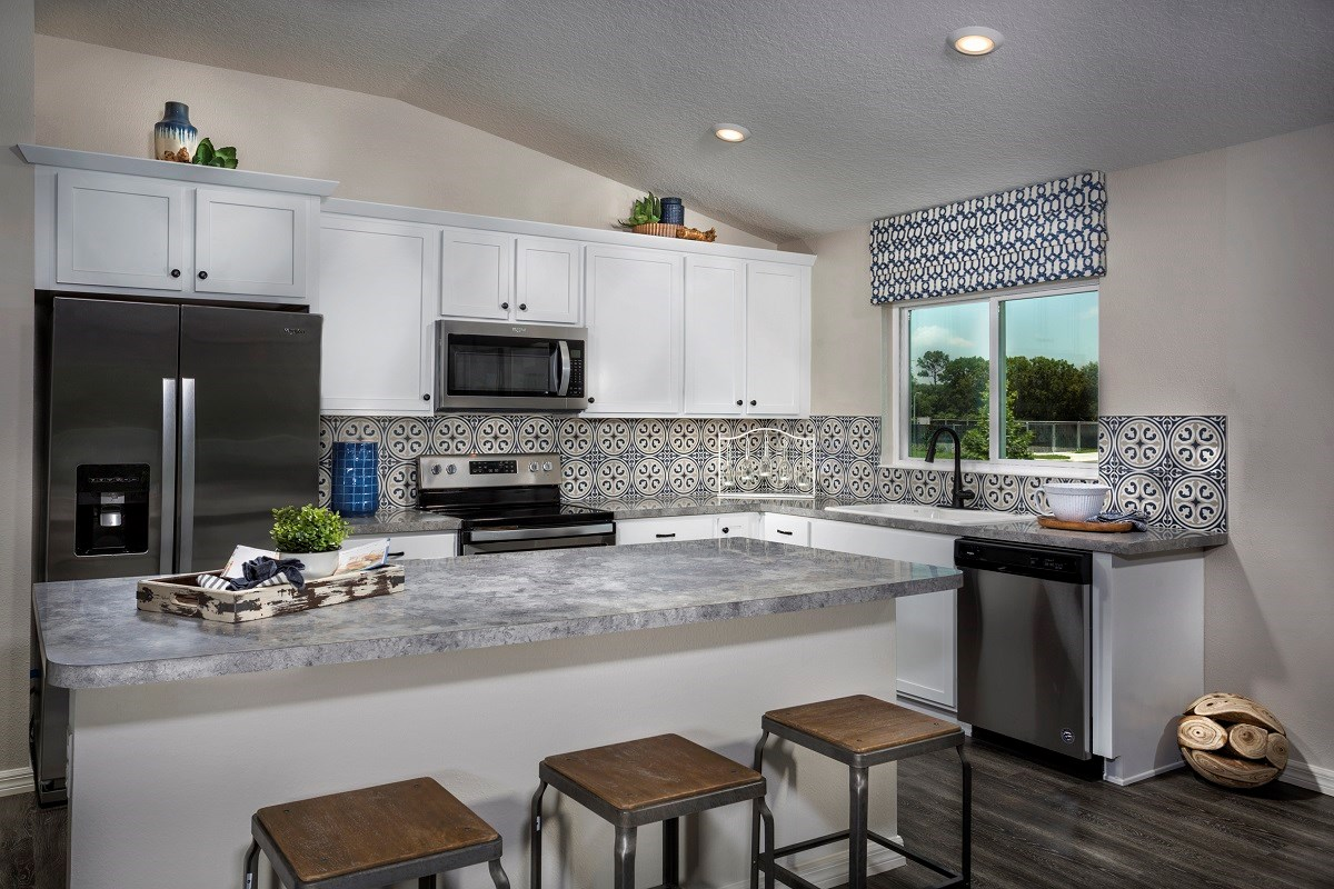 New Homes in St. Cloud, FL - Canoe Creek Crossings Plan 1760 Kitchen
