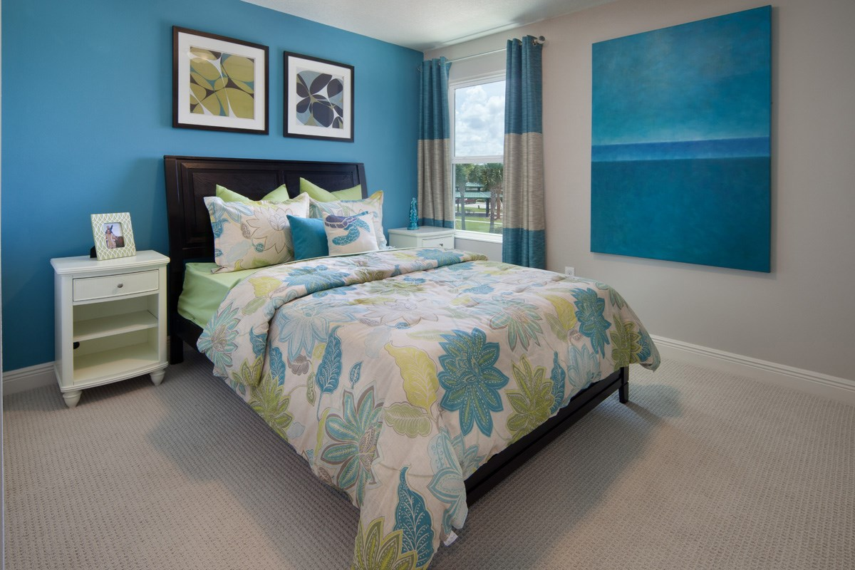 New Homes in Kissimmee, FL - Compass Bay Townhomes 1700 Bedroom 3