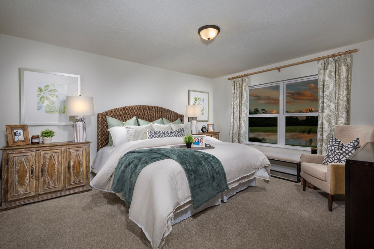 New Homes in St. Cloud , FL - Rivercrest at Narcoossee Plan 1707 Master Bedroom as modeled at Creekstone