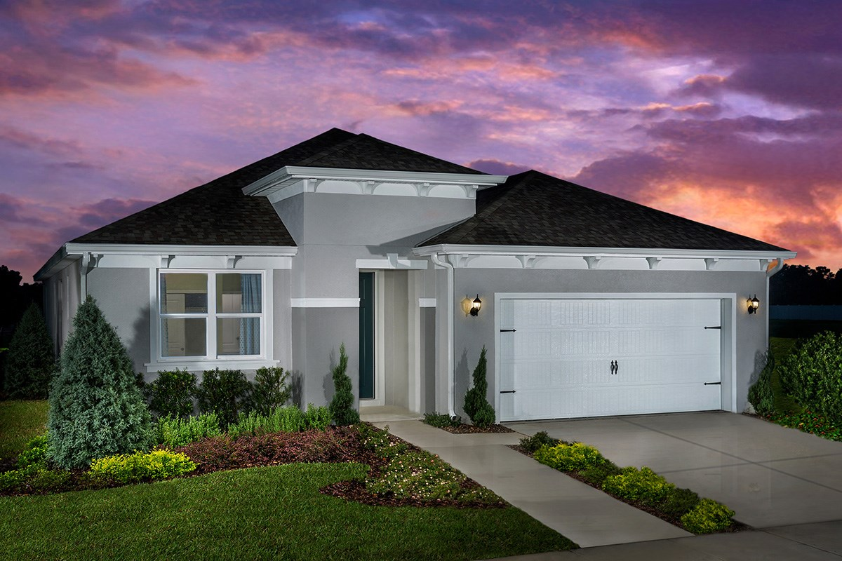 New Homes in St. Cloud, FL - Hanover Square Plan 2333 as modeled at Creekstone