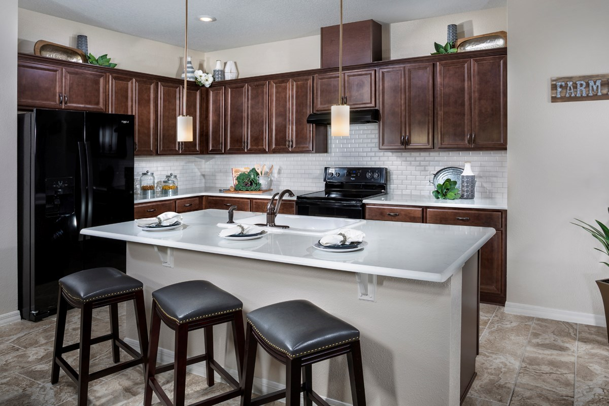 New Homes in St. Cloud, FL - Hanover Square 2716 Kitchen