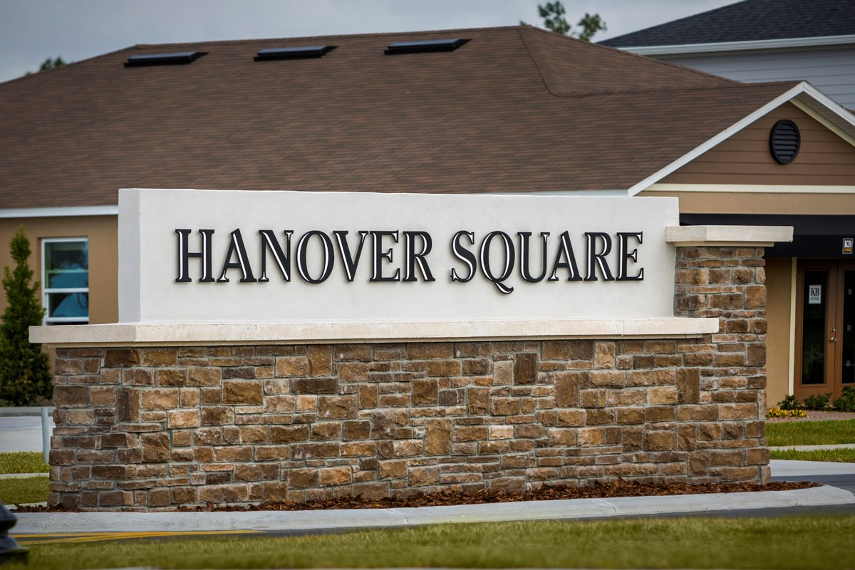 New Homes in St. Cloud, FL - Hanover Square Community Entry Wall