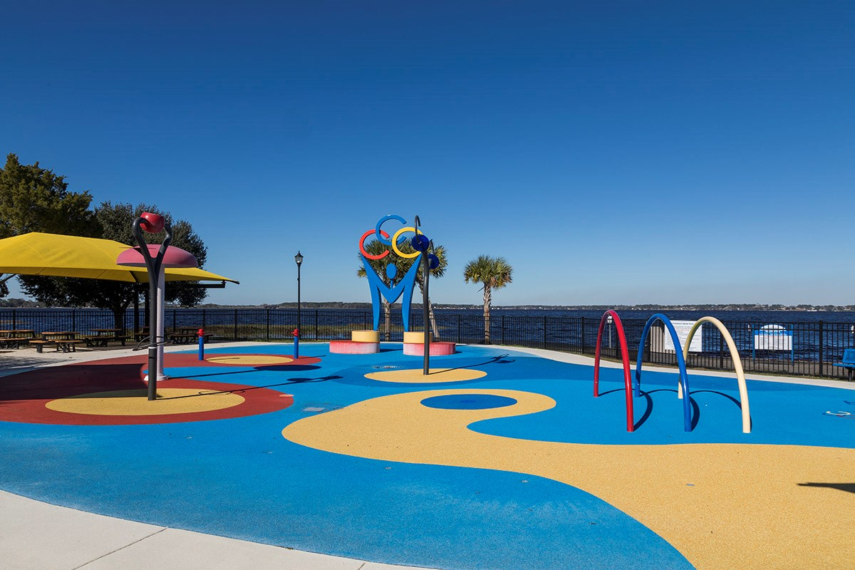 New Homes in Clermont, FL - Lake Minneola Landings Clermont Lake Front Park Splash Pad
