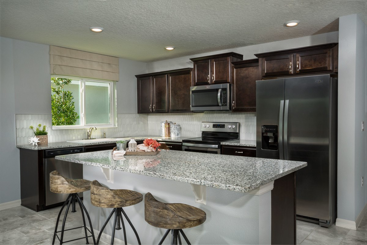New Homes in St. Cloud, FL - Rivercrest at Narcoossee Plan 1760 Kitchen
