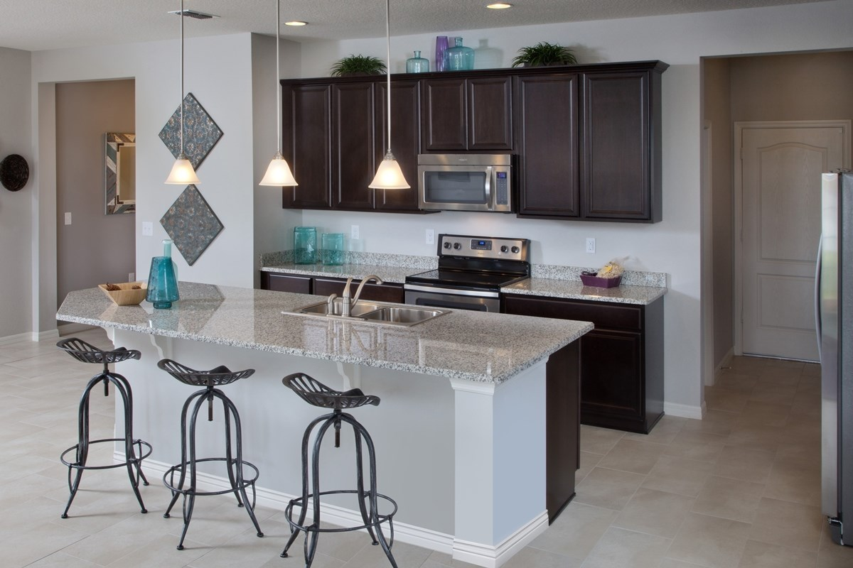 New Homes in Orlando, FL - Sawgrass Pointe 2034 Kitchen