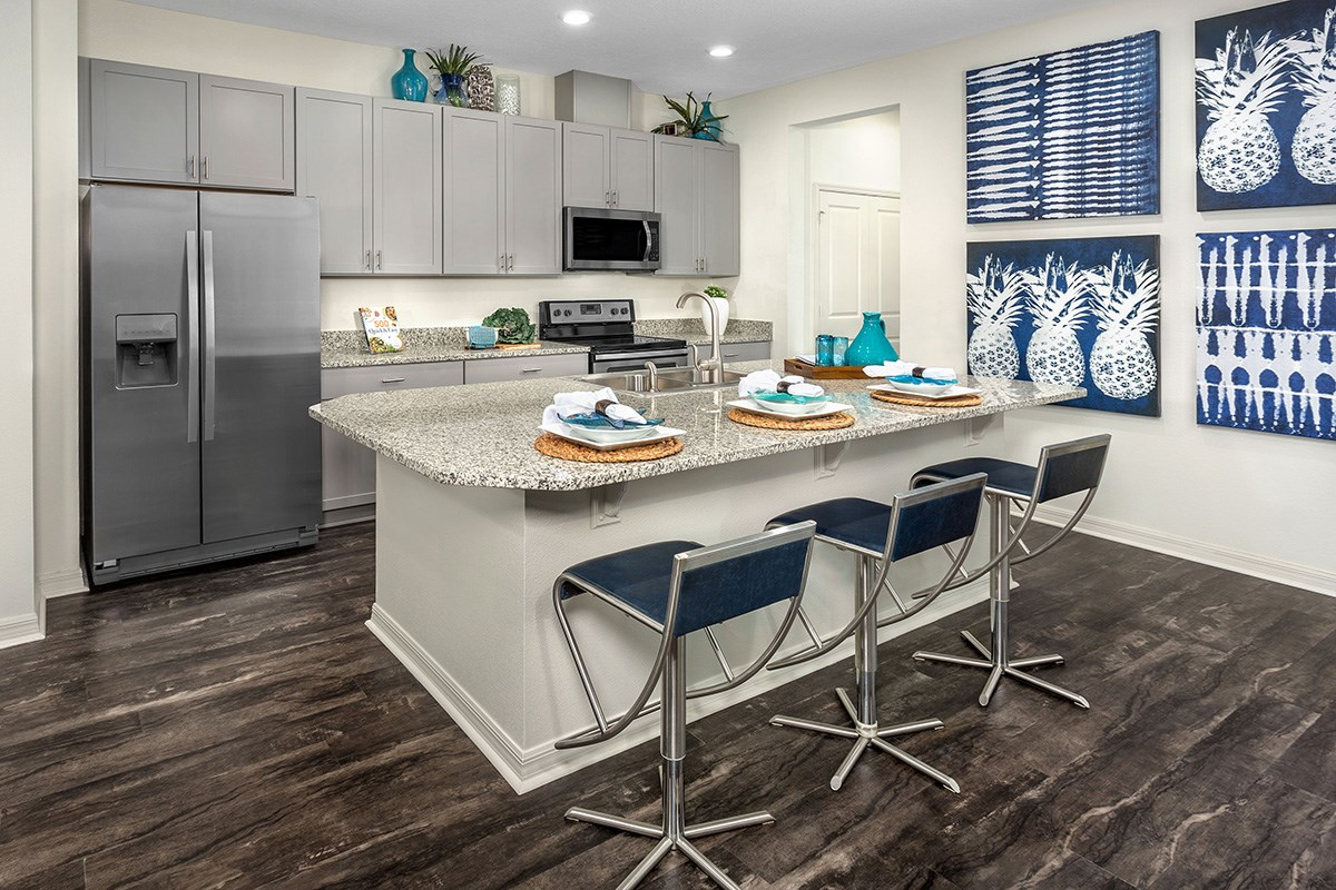 New Homes in Windermere, FL - Vineyard Square II 1913 Kitchen