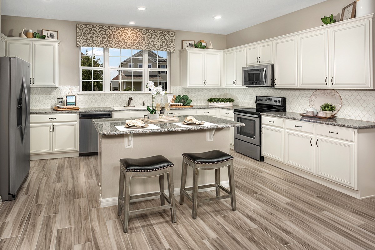 New Homes in Windermere, FL - Vineyard Square II 2091 Kitchen