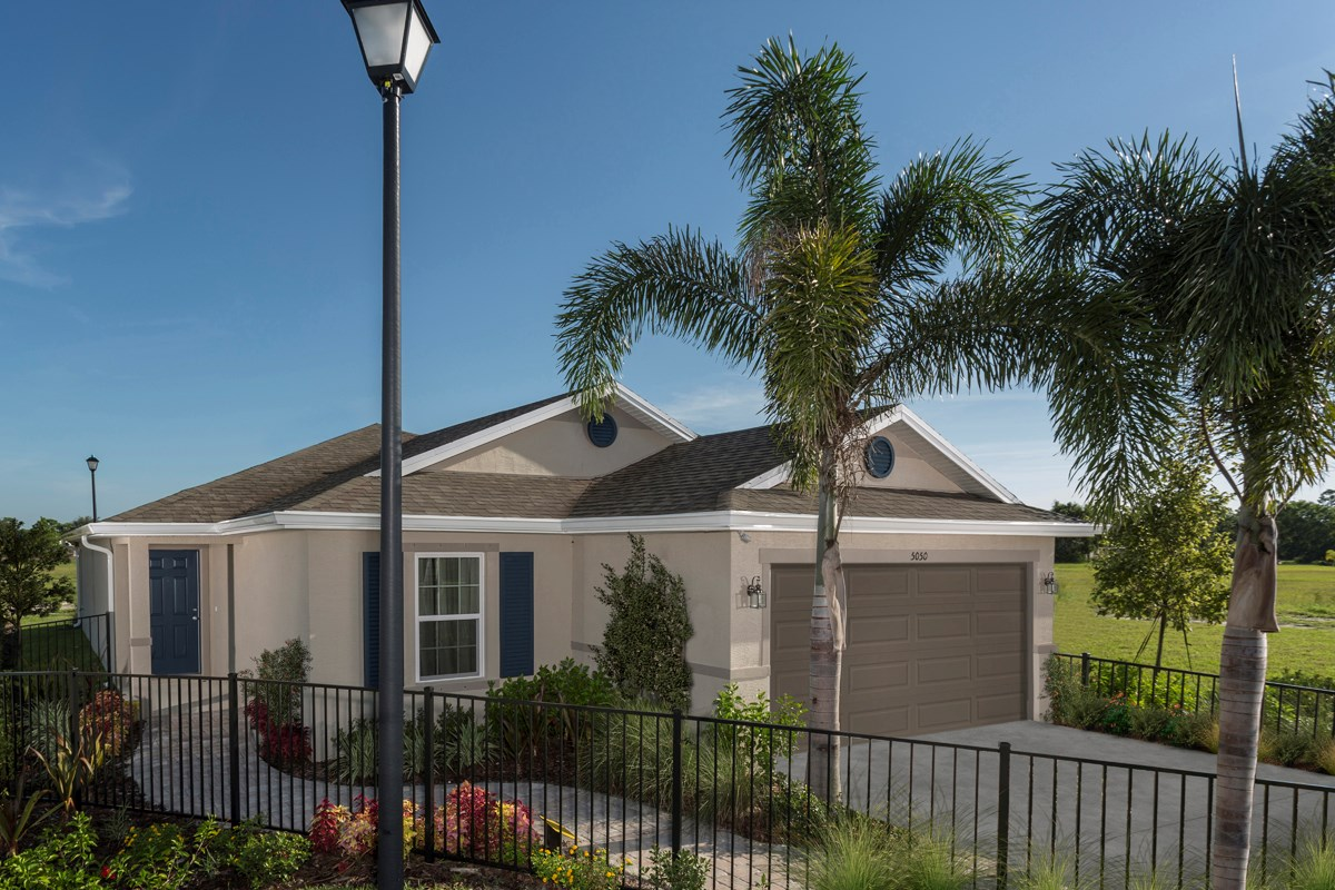 New Homes in Port St. Lucie, FL - Pine Trace The 1717 Model