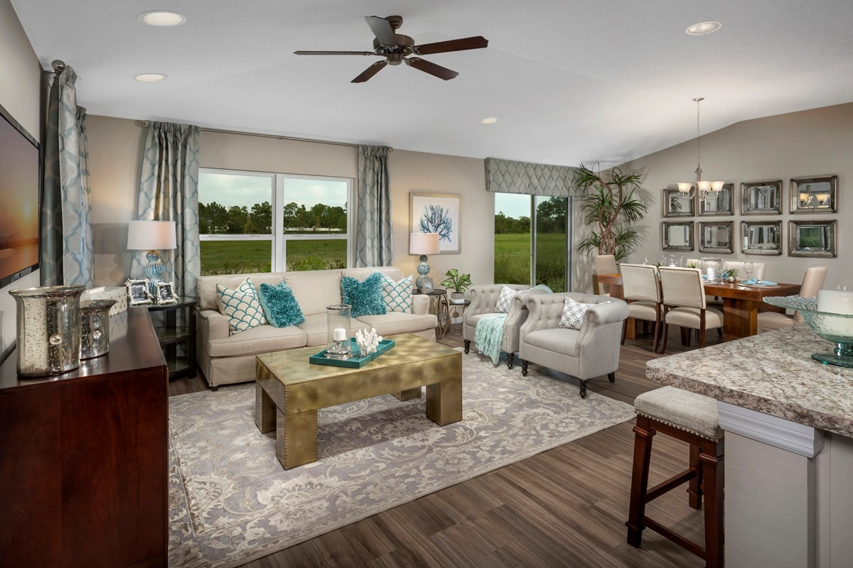 New Homes in Port St. Lucie, FL - Pine Trace Great Room
