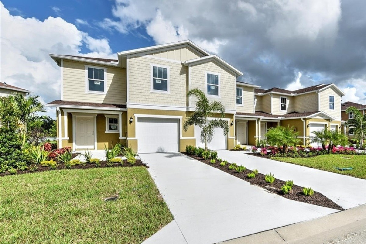 New Homes in North Fort Myers, FL - Bayshore Commons 4-Plex Scheme 1