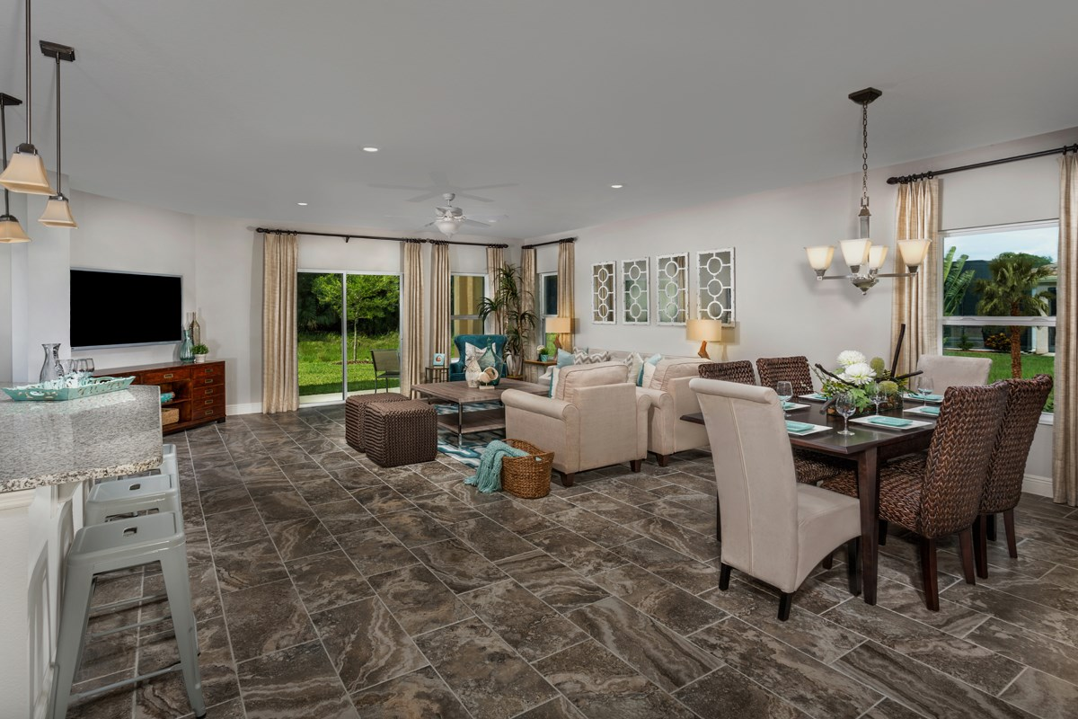 New Homes in Bradenton, FL - Lakewood Estates 2003 Dining & Great Room as modeled in Stoneybrook at Venice