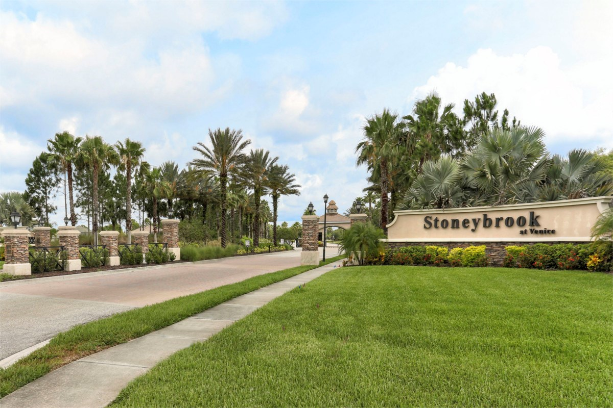New Homes in Venice, FL - Stoneybrook at Venice Community Entrance