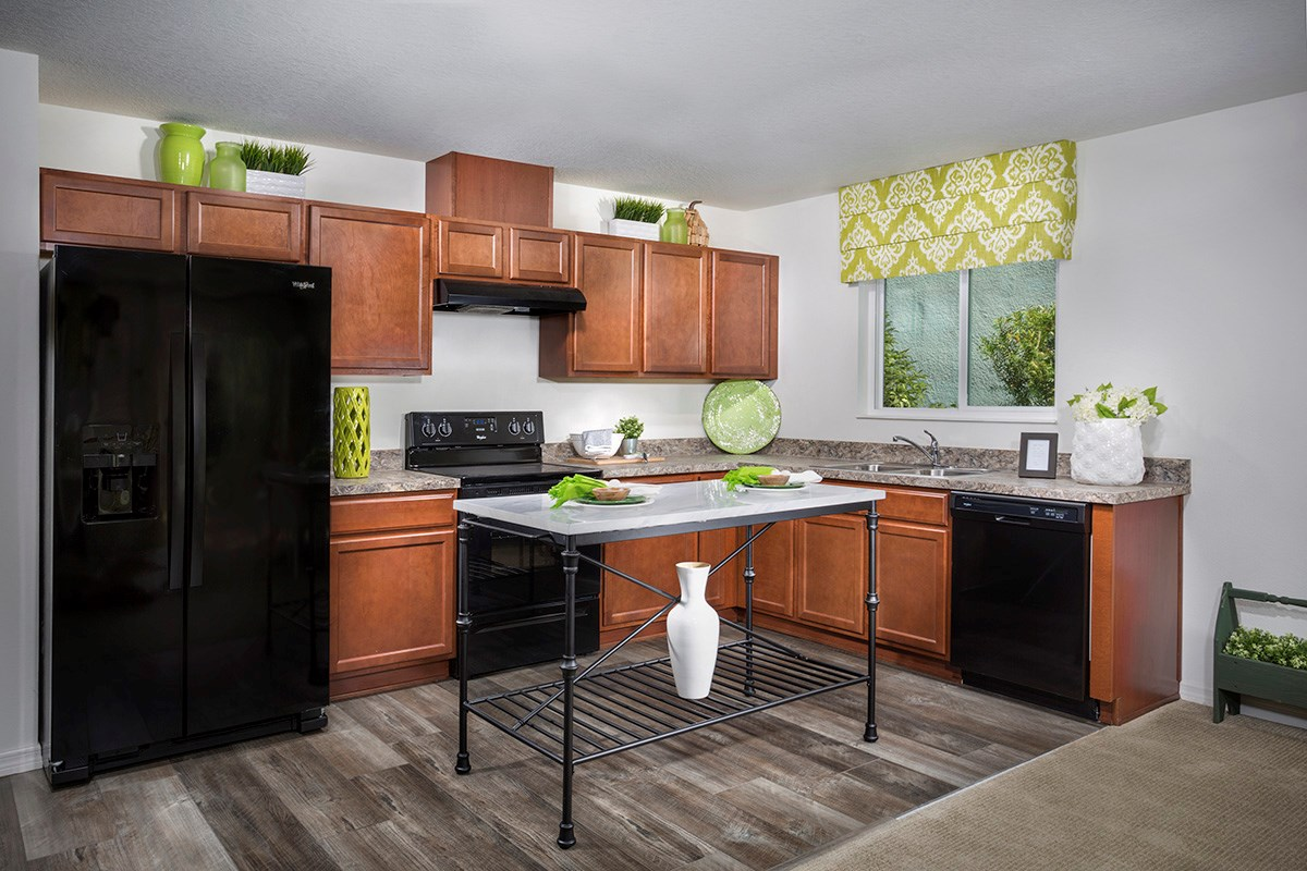 New Homes in Seffner, FL - Freedom Ridge 1707 Kitchen