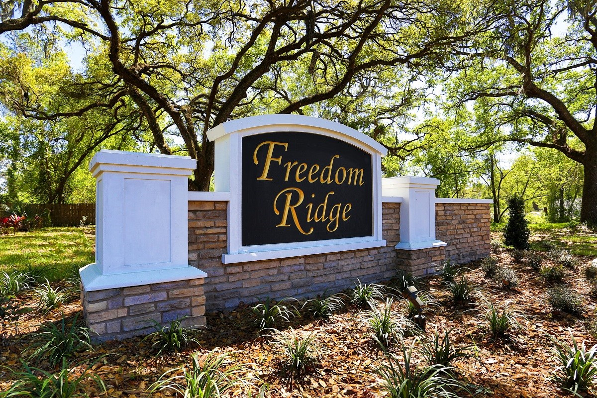 New Homes in Seffner, FL - Freedom Ridge Entry Monument