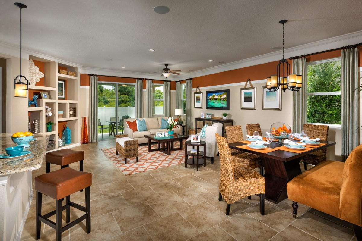 New Homes in Wimauma, FL - Mirabella 2003 Dining & Great Room