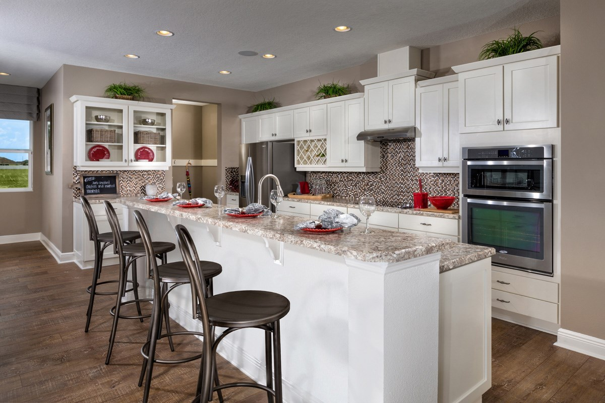 New Homes in Wimauma, FL - Mirabella Plan 2716 Kitchen