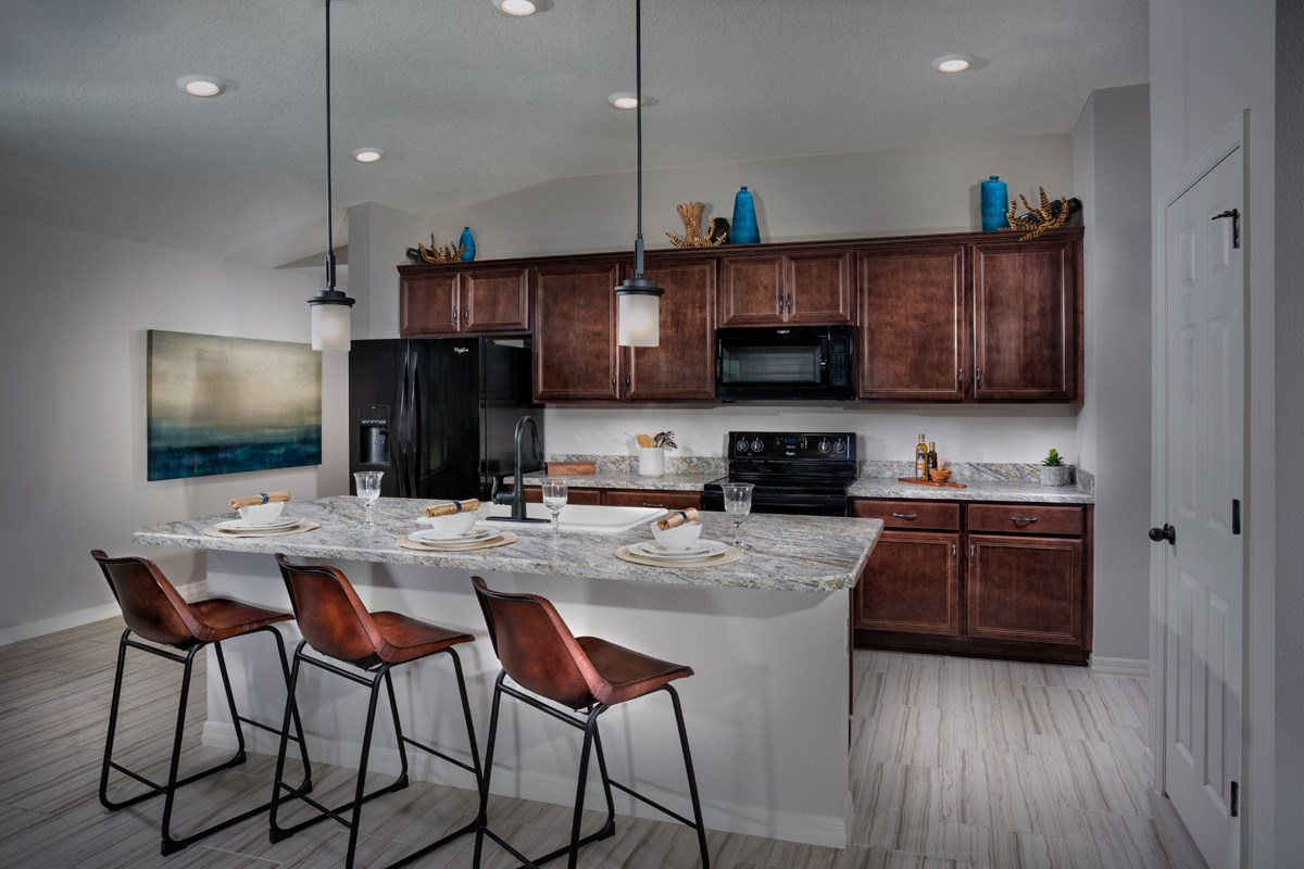 New Homes in Gibsonton, FL - Northgate 1637 Kitchen
