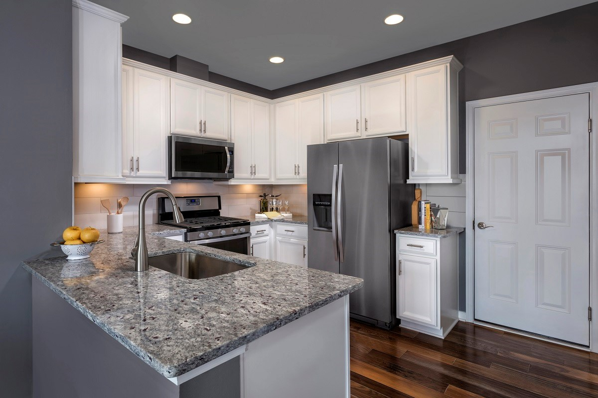 New Homes in Frederick, MD - Eastchurch Sinclair Kitchen