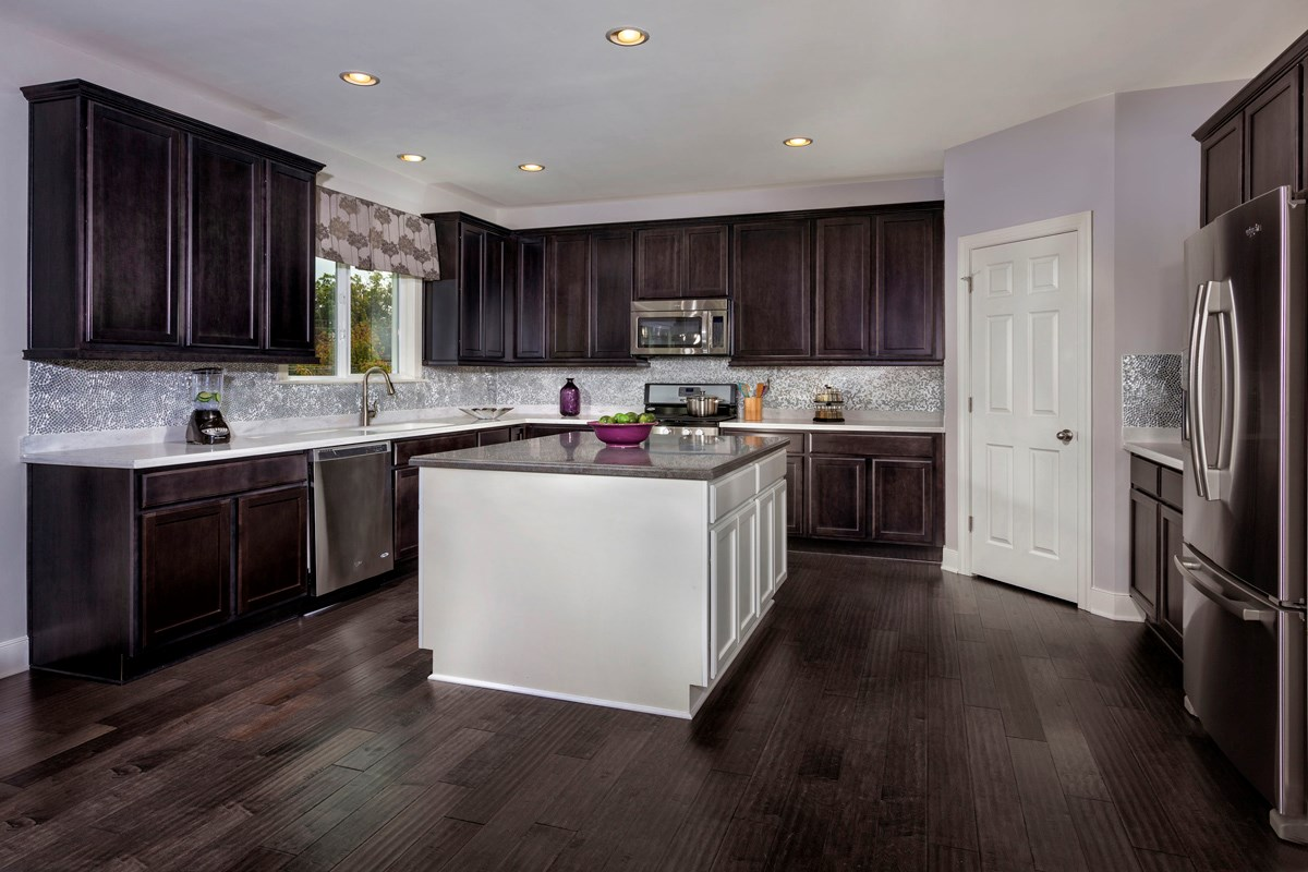 New Homes in Waldorf, MD - Middletown Woods The 2300 Kitchen