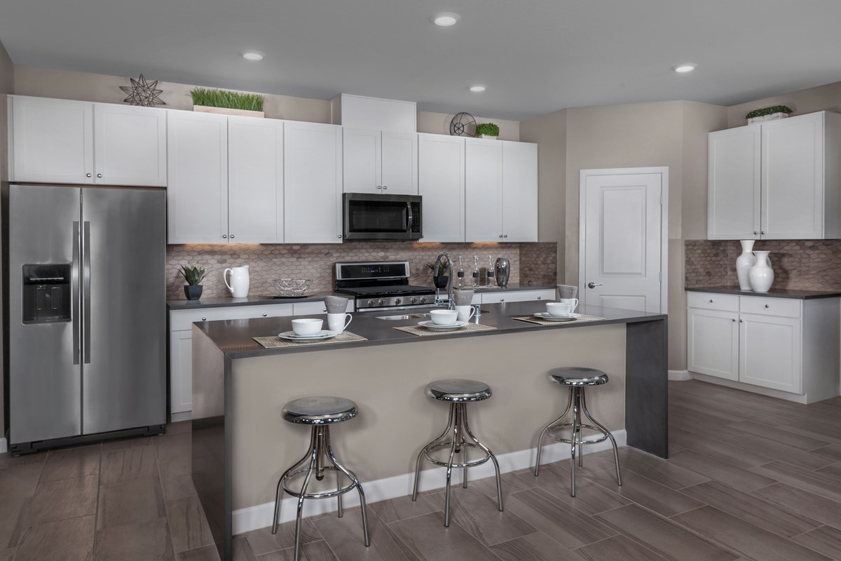 New Homes in Las Vegas, NV - Caledonia at Summerlin - Collection I Plan 1896 Kitchen