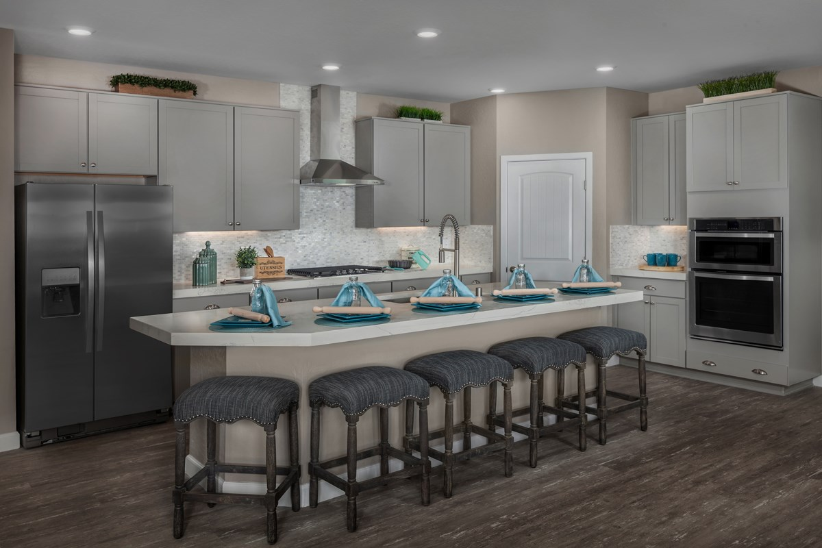 New Homes in Las Vegas, NV - Caledonia at Summerlin - Collection I Plan 2620 Kitchen