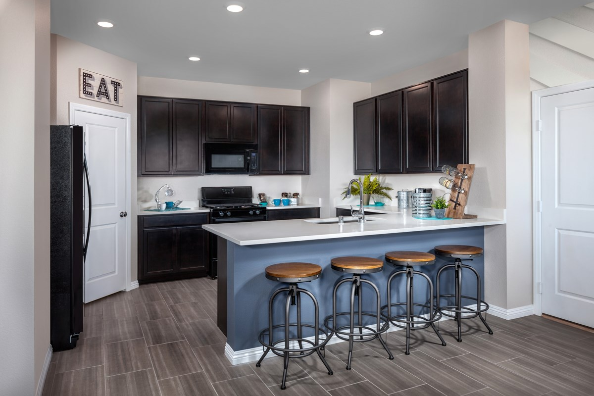 New Homes in Henderson, NV - Greencourts at Inspirada Plan 2041 Kitchen