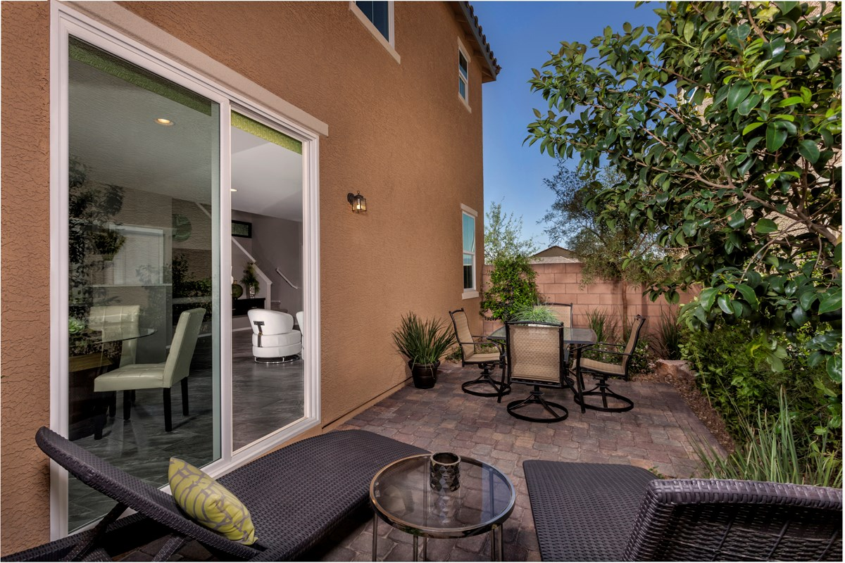 New Homes in Henderson, NV - Greencourts at Inspirada Plan 1558 Courtyard