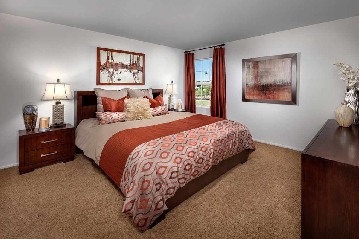 New Homes in Henderson, NV - Groves at Inspirada Plan 1453 Master Bedroom