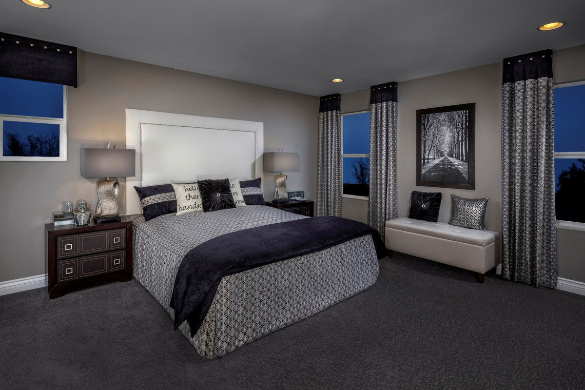 New Homes in Las Vegas, NV - Reserves at San Severo Plan 2568 as modeled as Plan 2619 Master Bedroom