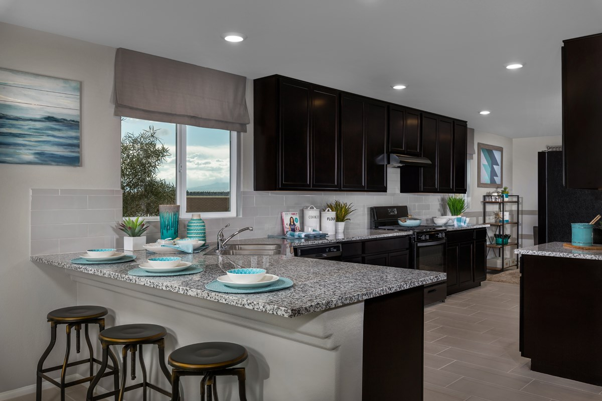 New Homes in North Las Vegas, NV - Reserves at Tanglewood Plan 1589 Kitchen