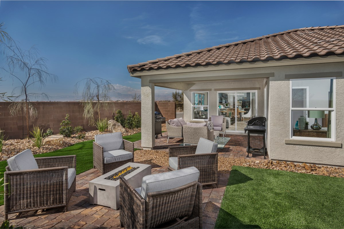 New Homes in North Las Vegas, NV - Reserves at Tanglewood Plan 1589 Backyard