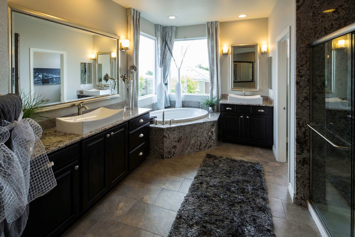New Homes in Henderson, NV - Terraces at Inspirada 4343 Master Bathroom